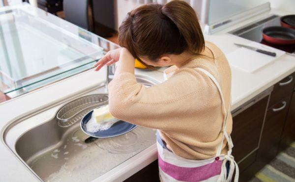 料理にストレスを感じてしまう主婦